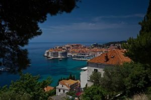 houses and store in croatia