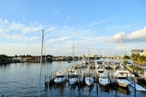 boats docked near fort lauderdale