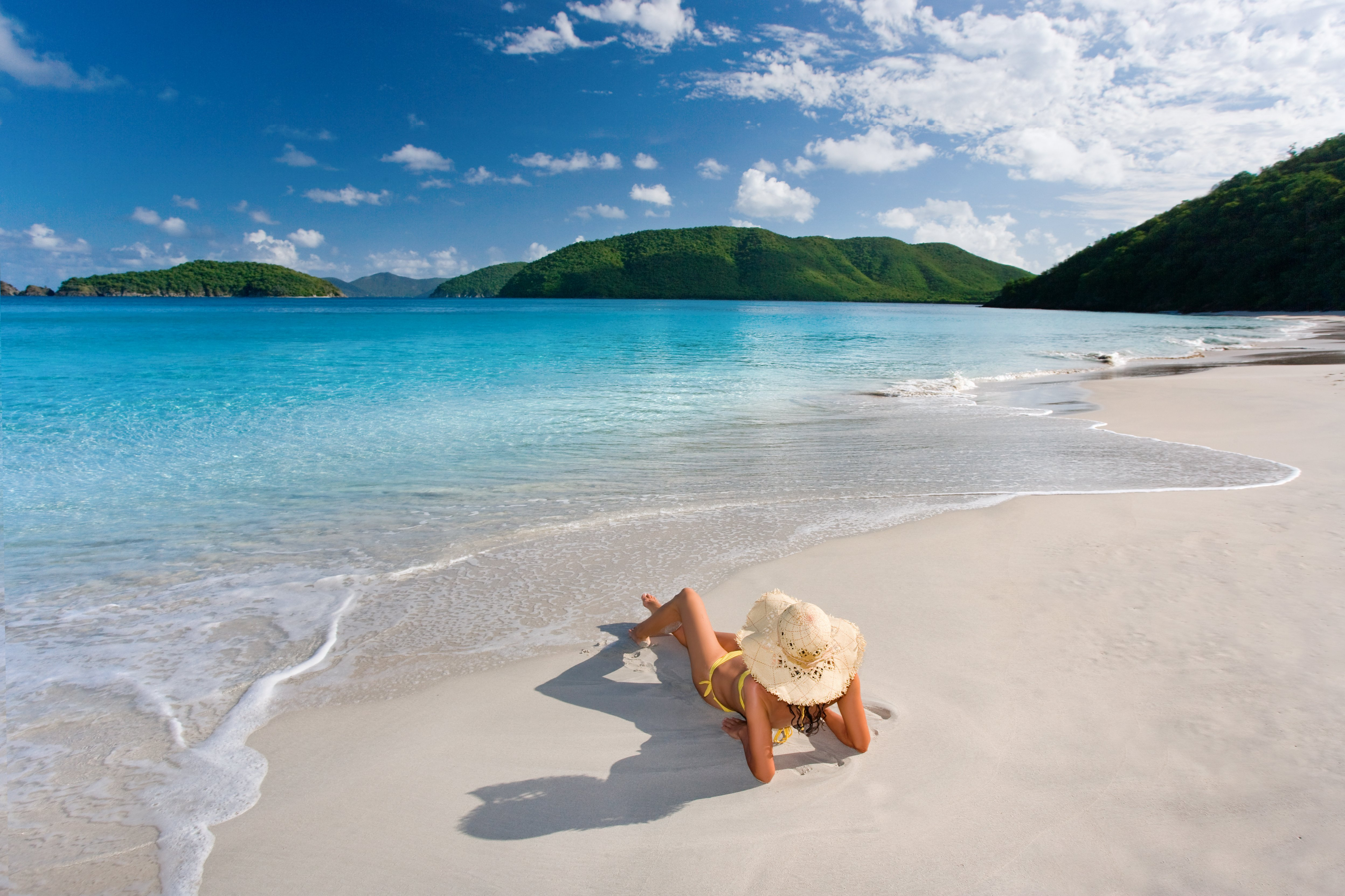 Caribbean Sailing Vacations in Summer Offer Something for