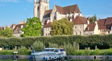 Canal cruises in Europe by Dream Yacht Charter
