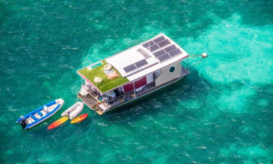 Aqualodge floating villas